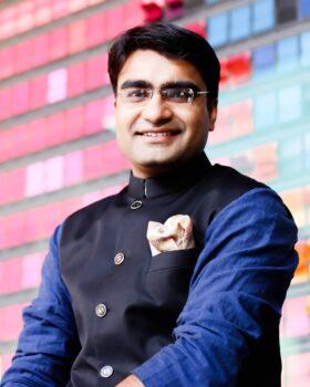 Samder Singh headshot
